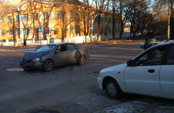 В центре Краматорска произошло очередное ДТП (фото) - фото 1
