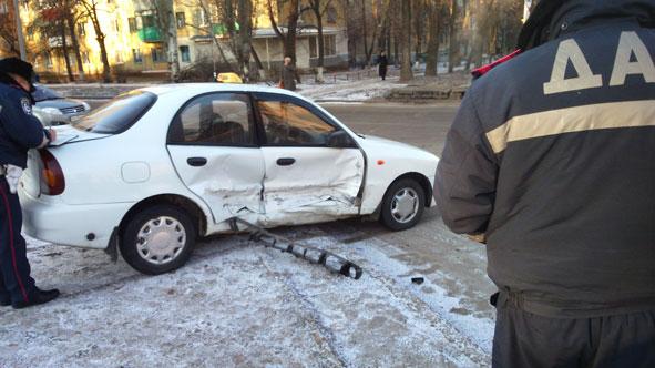 В центре Краматорска произошло очередное ДТП (фото) - фото 2