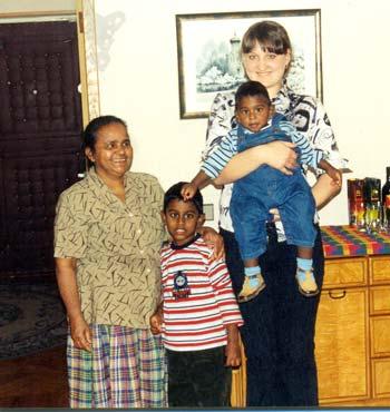 Помню, когда в первый раз увидела 9-месячного Даниила. Тогда я мысленно сравнила малыша с обезьянкой. Маленький, черненький, очень смешной. Когда я выходила с малышом гулять – многие прохожие с удивлением смотрели то на меня, то на малыша. Это забавляло. Хотя такая «диковинка», как русская мама с ребенком другого цвета кожи, в Москве давно уже не редкость